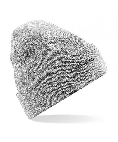 """Cepure ar izšūtu uzrakstu """"Latviete"""""""